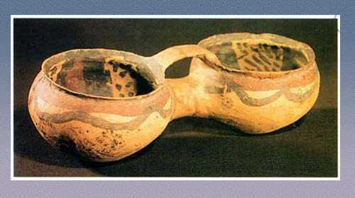 彩陶双联罐的图片,器形,尺寸和特征
