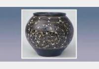 瓷器主要的装饰方法:印花,划花,刻花,剔花,剪纸贴花,开光