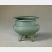 宋龙泉窑三足炉的图片,特点,年代,鉴赏,馆藏