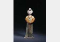 唐三彩女立俑的图片,特点,年代,鉴赏,馆藏