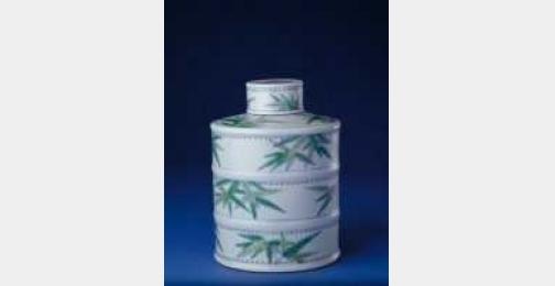 清康熙斗彩竹纹竹节式盖罐的图片,特点,年代,鉴赏,馆藏