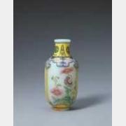 清乾隆玻璃胎画珐琅彩花卉纹瓶的图片,特点,年代,鉴赏,馆藏