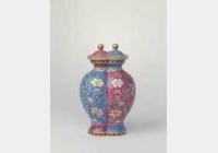清乾隆珐琅彩缠枝莲纹双连瓶的图片,特点,年代,鉴赏,馆藏