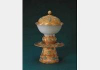 清金錾花高足白玉盖碗的图片,特点,年代,鉴赏,馆藏