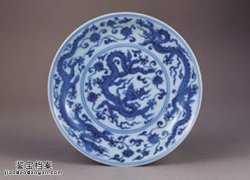 明代宣德青花穿莲龙纹盘的图片,特点,价格,鉴赏,馆藏