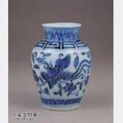 明代宣德青花穿花凤凰纹瓶的图片,特点,价格,鉴赏,馆藏