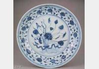 明代青花一束莲花卉纹盘的图片,特点,价格,鉴赏,馆藏