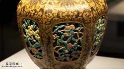 20050607国宝档案视频和笔记:乾隆粉彩六方套瓶(中),唐英,紫金釉