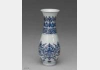 明代仿嘉靖青花花卉瓶的图片,特点,价格,鉴赏,馆藏