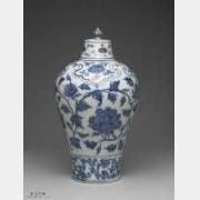明代永乐青花牡丹花纹带盖梅瓶的图片,特点,价格,鉴赏,馆藏