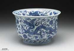 明代正德青花穿莲龙纹仰钟式碗的图片,特点,价格,鉴赏,馆藏