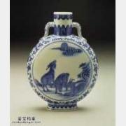 清代乾隆青花三羊开泰扁壶的图片,特点,价格,鉴赏,馆藏