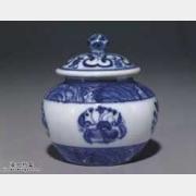 明代成化窑青花波涛花卉纹小罐的图片,特点,价格,鉴赏,馆藏