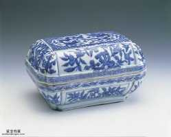 明代万历青花龙纹方盒的图片,特点,价格,鉴赏,馆藏