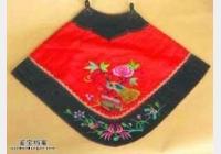 马未都博客文章第1199篇:旧物肚兜,有前无后覆乳遮肚,肚兜起源