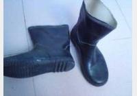 马未都博客文章第1331篇:雨靴,小学的年代是最奢侈的大牌商品