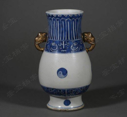 免费鉴宝第121期:清康熙青花饕餮八卦纹配铜象双耳尊